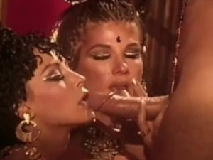 Rubbing oil on her fat latina pussy on webcam