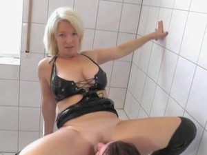 domina ausbildung berlin paris hilton tape sex