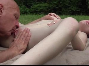 Divorced Dad Fucks Daughter On Vacation In Hotel Free-pic2384