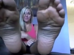 Bbw footjob princess rochelle