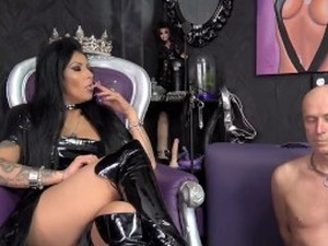 Femdom online new orleans